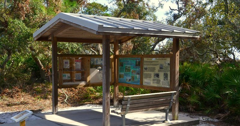 Interpretive kiosk at Bald Point State Park
