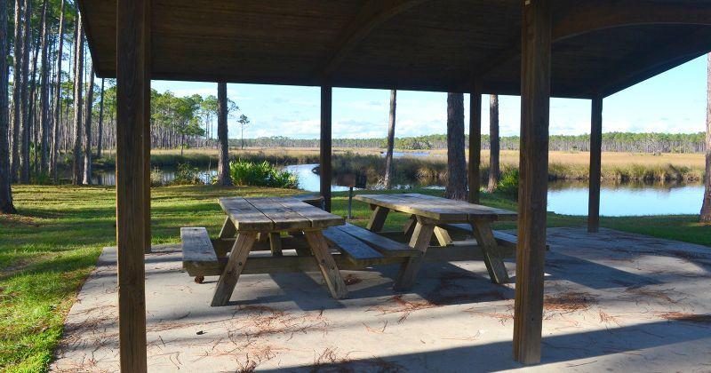 Cash Creek Recreation Area - picnic tables on Cash Creek