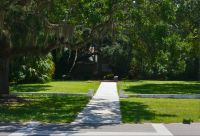 John Gorrie Museum State Park - walkway to grave